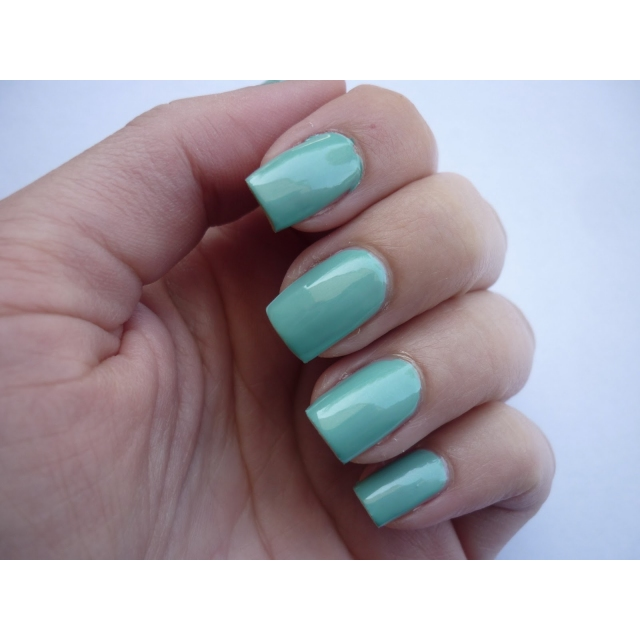 RIMMEL-60 Seconds- Lak za nohte-801 Diamonds In The Sky, 8ml